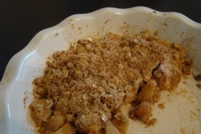 Lighter, Whole Wheat Apple Oatmeal Crisp | Rice Kernel