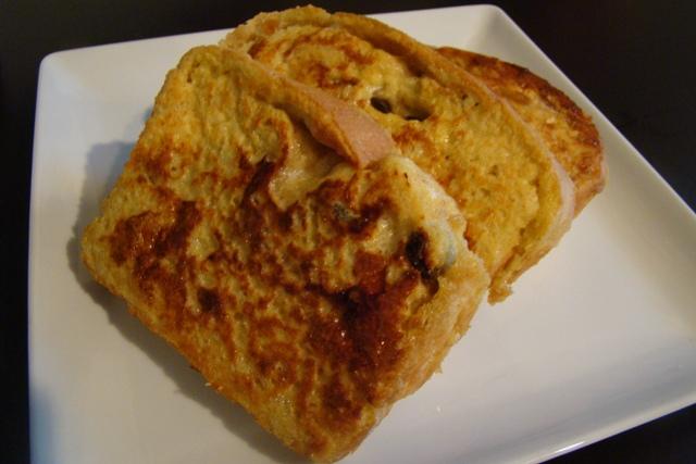 Cinnamon Raisin Swirl Buttermilk Bread | Rice Kernel